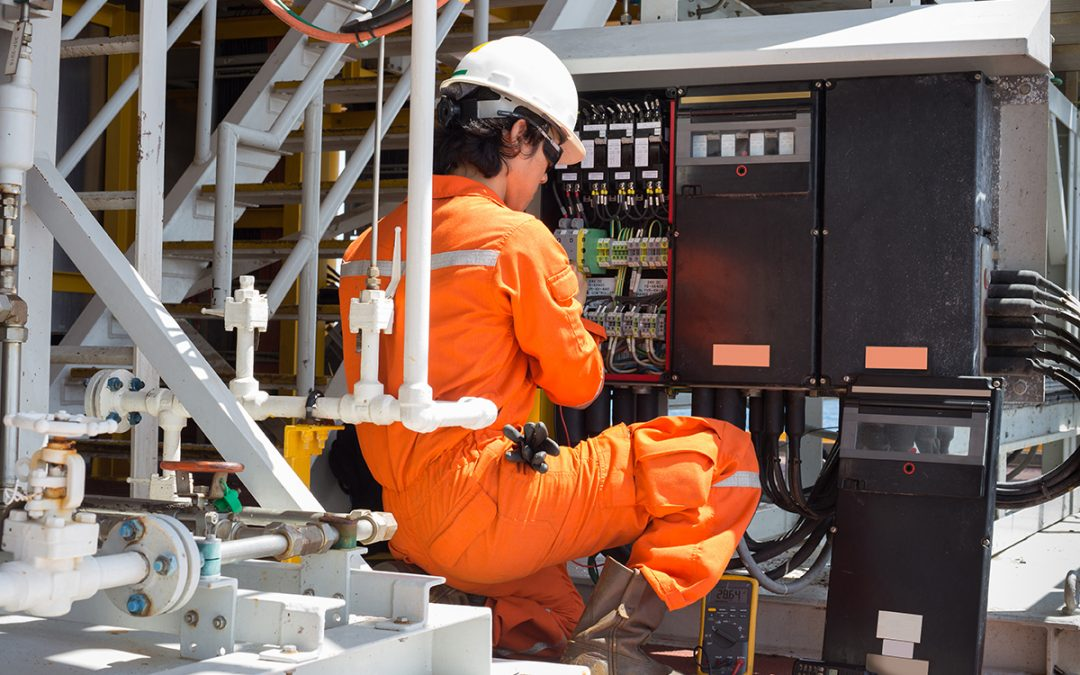 Why You Should Hire a Commercial Electrician for Your Office ?